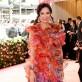 Wendi Murdoch armó este look juntando todos los retazos de otros vestidos de alta costura que tiene.