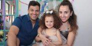 Simón Oliveros y familia